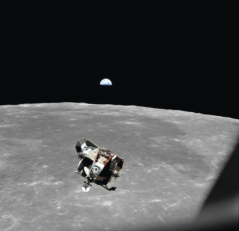 1a59f0ec Lunar Module pilot Buzz Aldrin guides Apollo 11's Lunar Module, taking  himself and Cmdr. Neil Armstrong from the lunar surface to rendezvous with  the ...