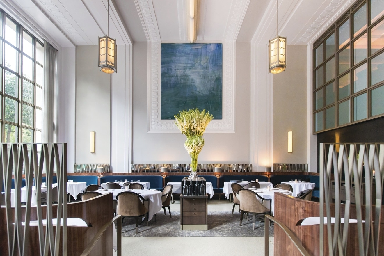 MANH_Eleven_Madison_Park_Front_View_Dining_Room_Gary_He.jpg
